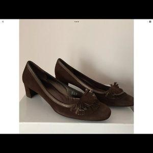 Women's Salvatore Ferragamo Suede Heel Pumps 8 1/2
